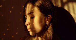 Come accettare di non amarti: 8 chiavi psicologiche
