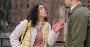 'Il mio partner vede solo il male in me': possibili cause e cosa fare