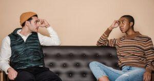 Possibili cause della tendenza ad innamorarsi facilmente e consigli su questo fenomeno.